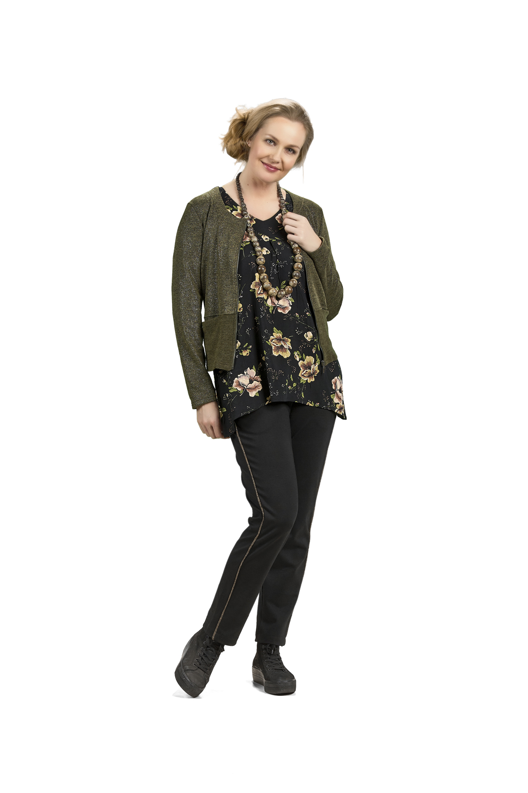 C3286 Cardigan – C8076 Blouse – C5408 Trousers