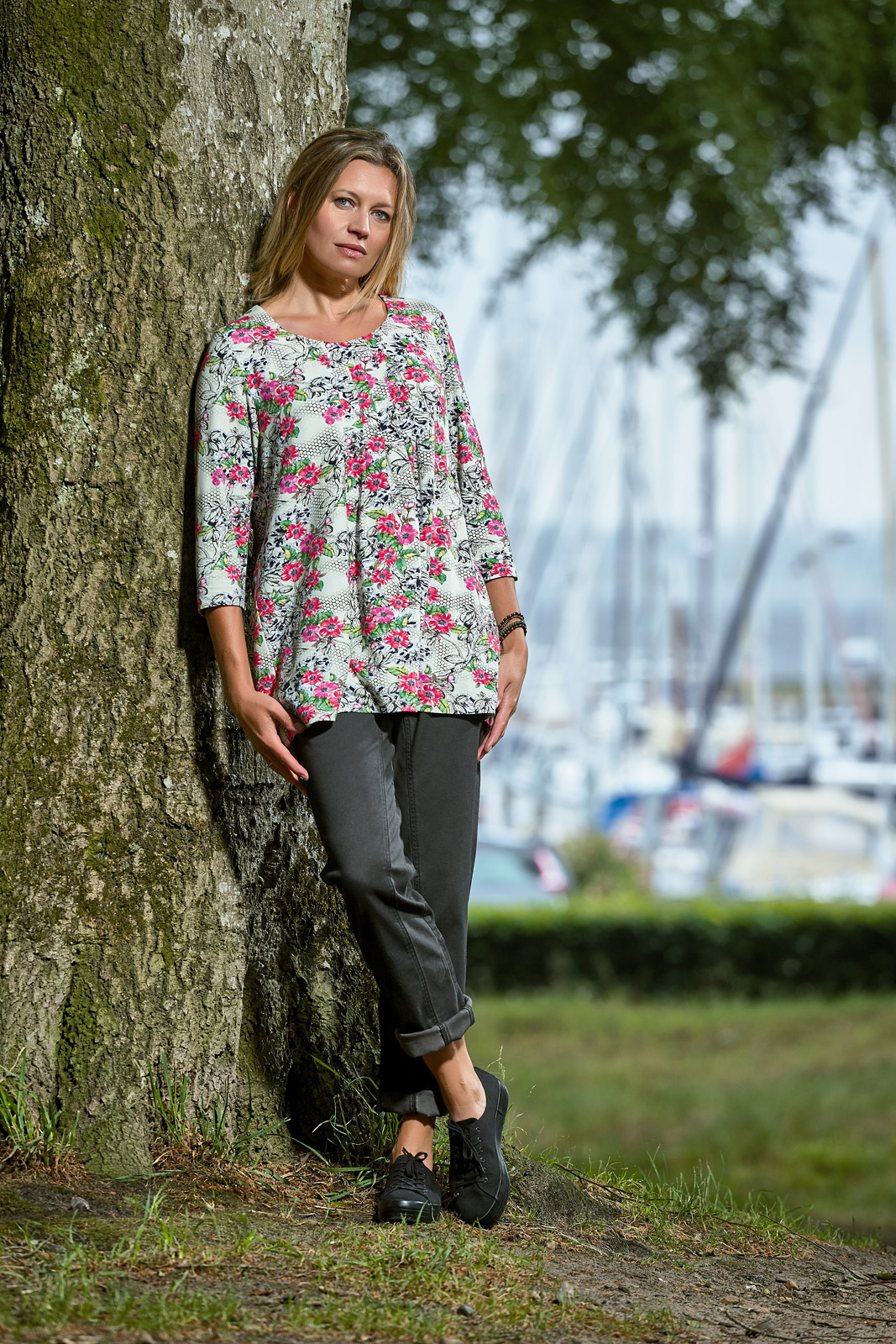 C8227 blouse – C5007 trousers